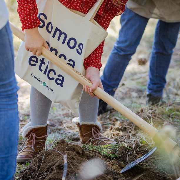 Triodos Bank organiza junto con Caser y ARBA una jornada de reforestación